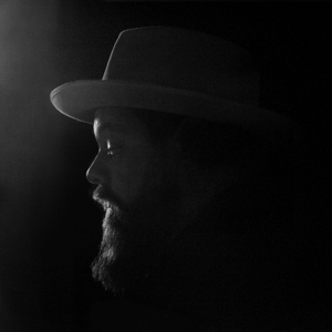 RATELIFF, NATHANIEL & THE NIGHT SWEATS-TEARING AT THE SEAMS //